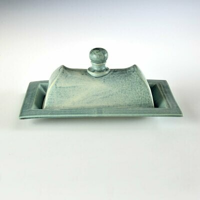 Butter Dish - Deco Design. Turquoise. Holds 1-1/2 butter sticks