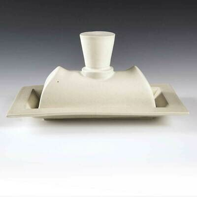 Butter Dish - Large size holds 1-1/2 sticks of butter. Soft