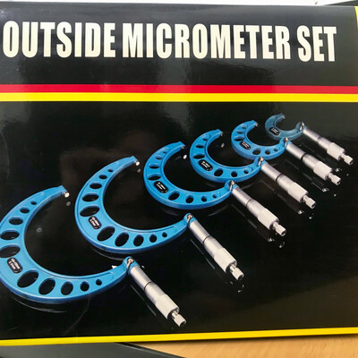6 Pieces Outside Micrometer Set(Half Round type) 0-150mm*0.01mm Accuracy