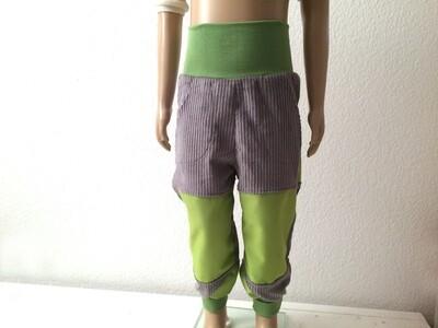 Cordhose grau grün