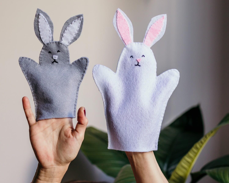 Set de Títeres de Conejos - Itzy Bitzy