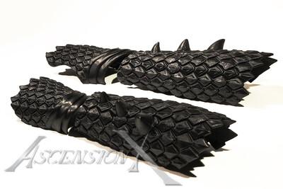 Paire de bras d'écailles de dragon
