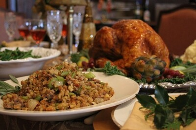 Complete Turkey Dinner  Serves 6-8, 10-12 or 14-16