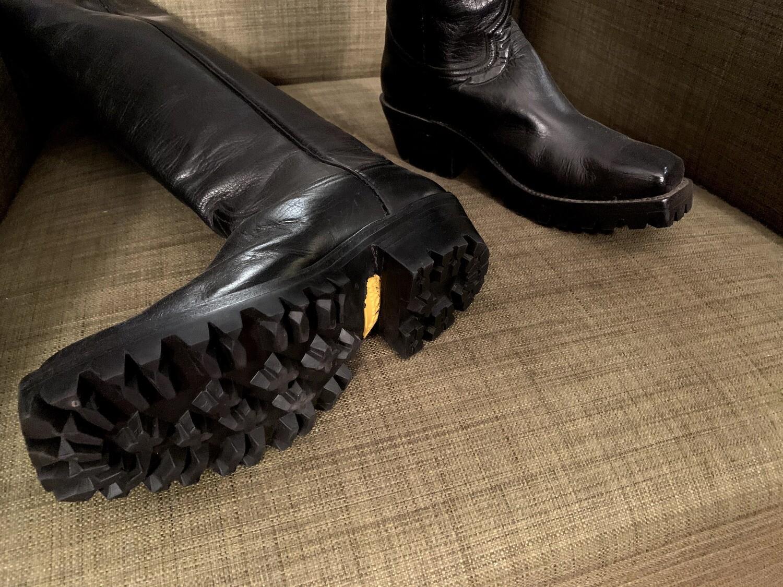 Black harness boot 5.5B ladies closeout