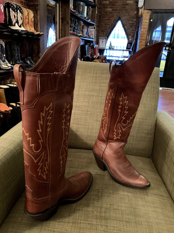 9C ladies riding boots closeout