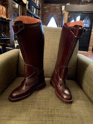 8B ladies riding boots closeout