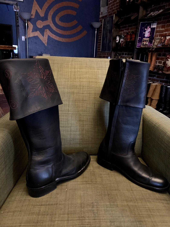 11D Santa Boots closeout