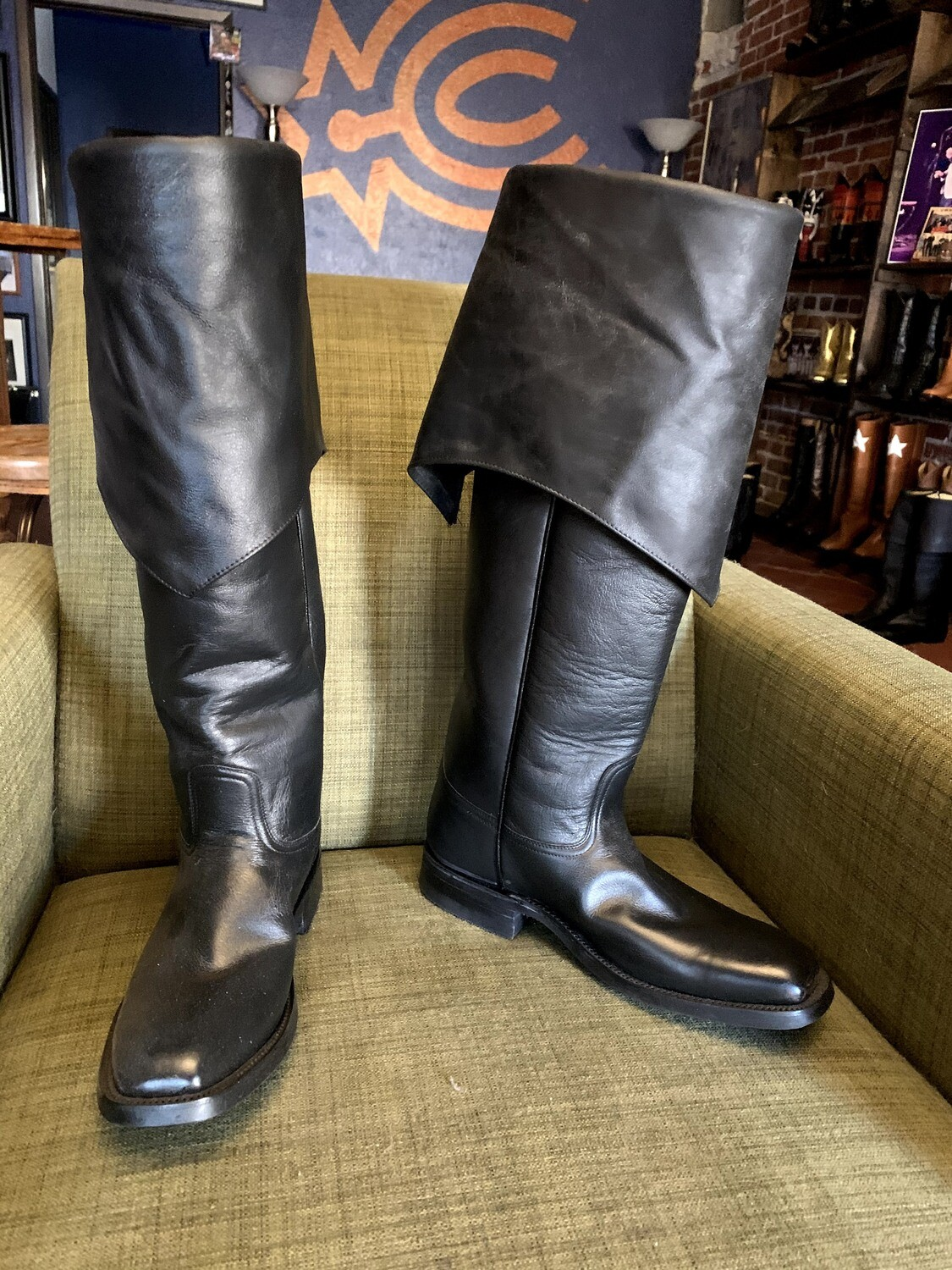 Swashbuckler Boots 10EE closeout