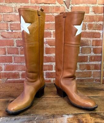 9.5E Men's Texas Star Cognac Closeout