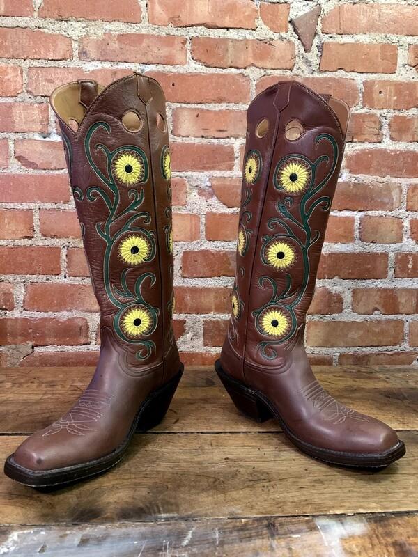 8B Ladies' Floral Top Cowboy Boots Closeout