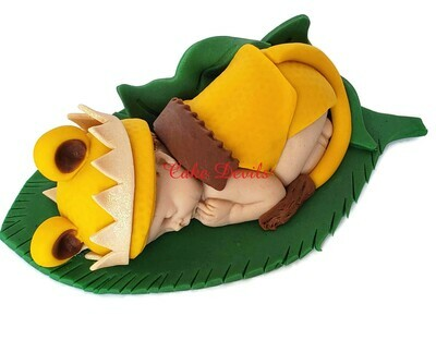 Fondant Lion Baby Shower Cake Topper for the King of the Jungle, with optional Crown