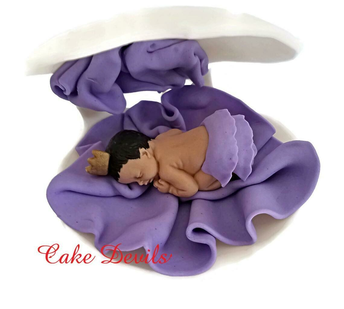 Princess or Prince Baby Shower Cake Topper in a shell