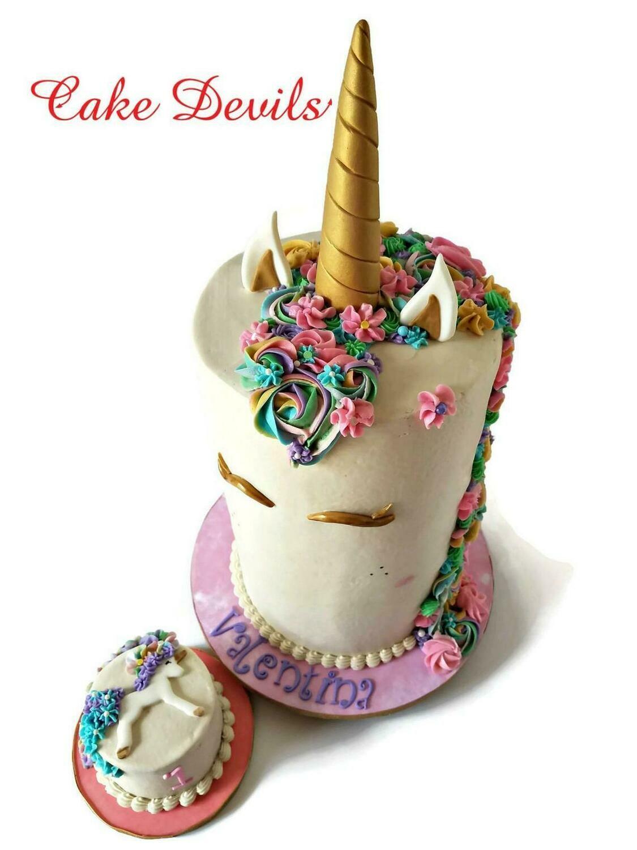 Fondant Unicorn Horn, Ears, and Eye lashes Cake Toppers, Gold Unicorn Cake Kit
