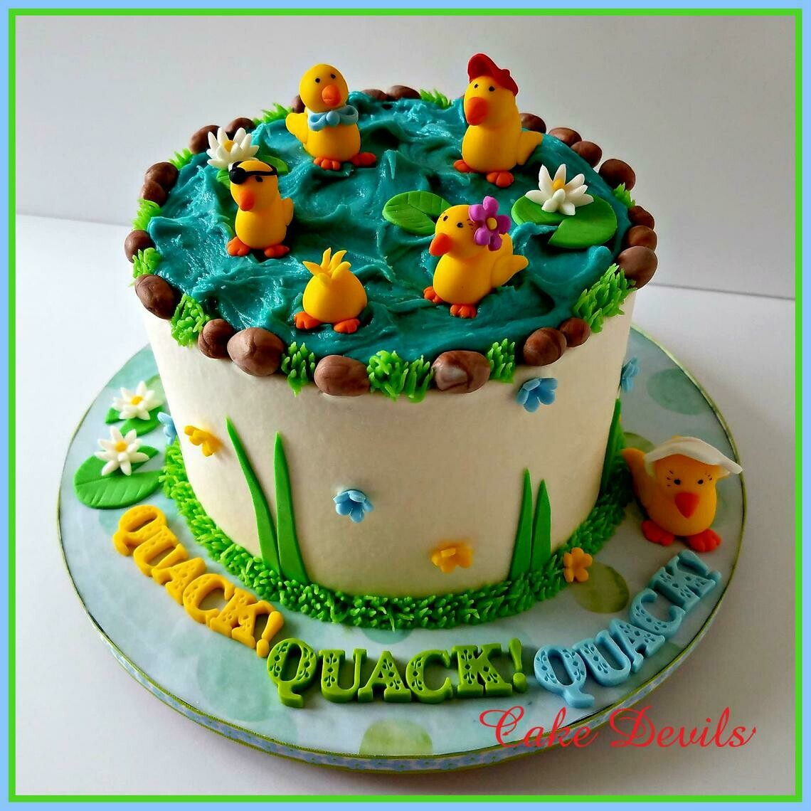 Fondant Ducks Cake Toppers, Five Little Ducks, Easter Cake, Rubber Ducky Cupcake Decorations