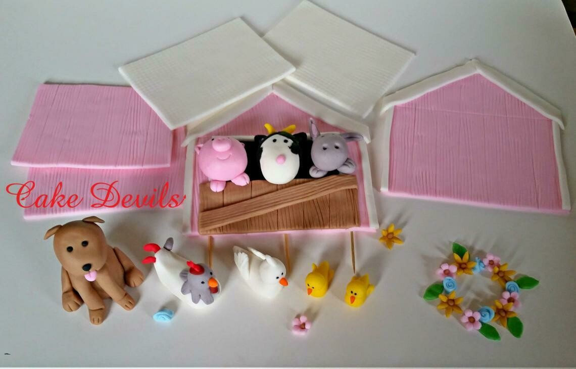 Barn & Farm Animal Fondant Cake Topper Kit withFloral Wreath, fondant Donkey, Cow, Pig, Rooster, Ducks, and 3D Barn Cake Decorations