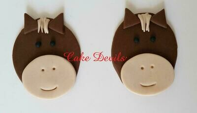 Fondant Horse Cupcake Toppers, Handmade Edible horses, Horse Cupcake Decorations, Fondant Animal Cupcake Toppers