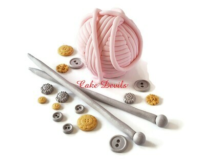 Knitting Cake Decorations, Big Fondant Cat Yarn Ball Cake Topper, Knitting needles, Fondant Buttons, birthday cake, handmade