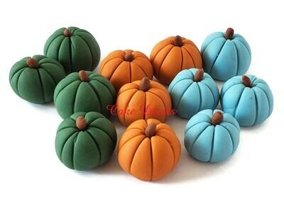 Fall Wedding Pumpkin Cake Decorations, Fondant Pumpkins, Autumn Wedding, Edible pumpkins, colored pumpkins, elegant pumpkins