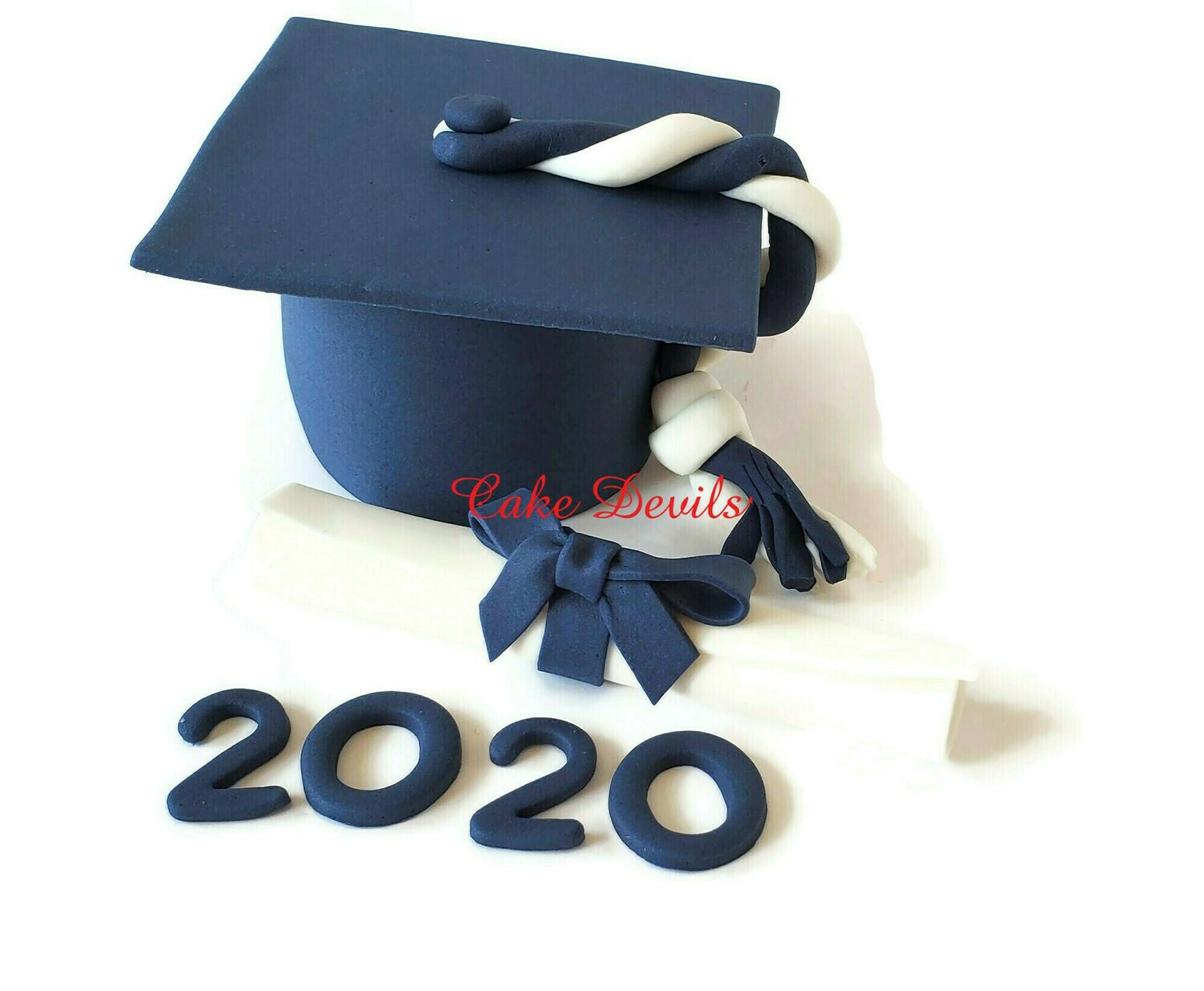 Fondant Graduation Mortar Board Cap Fondant Cake Topper with Diploma and Year