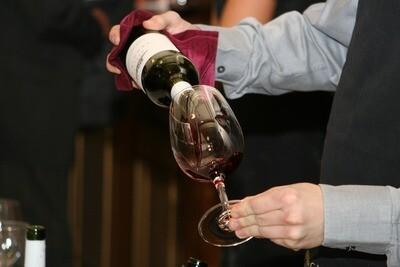 Wine Tasting Vignette