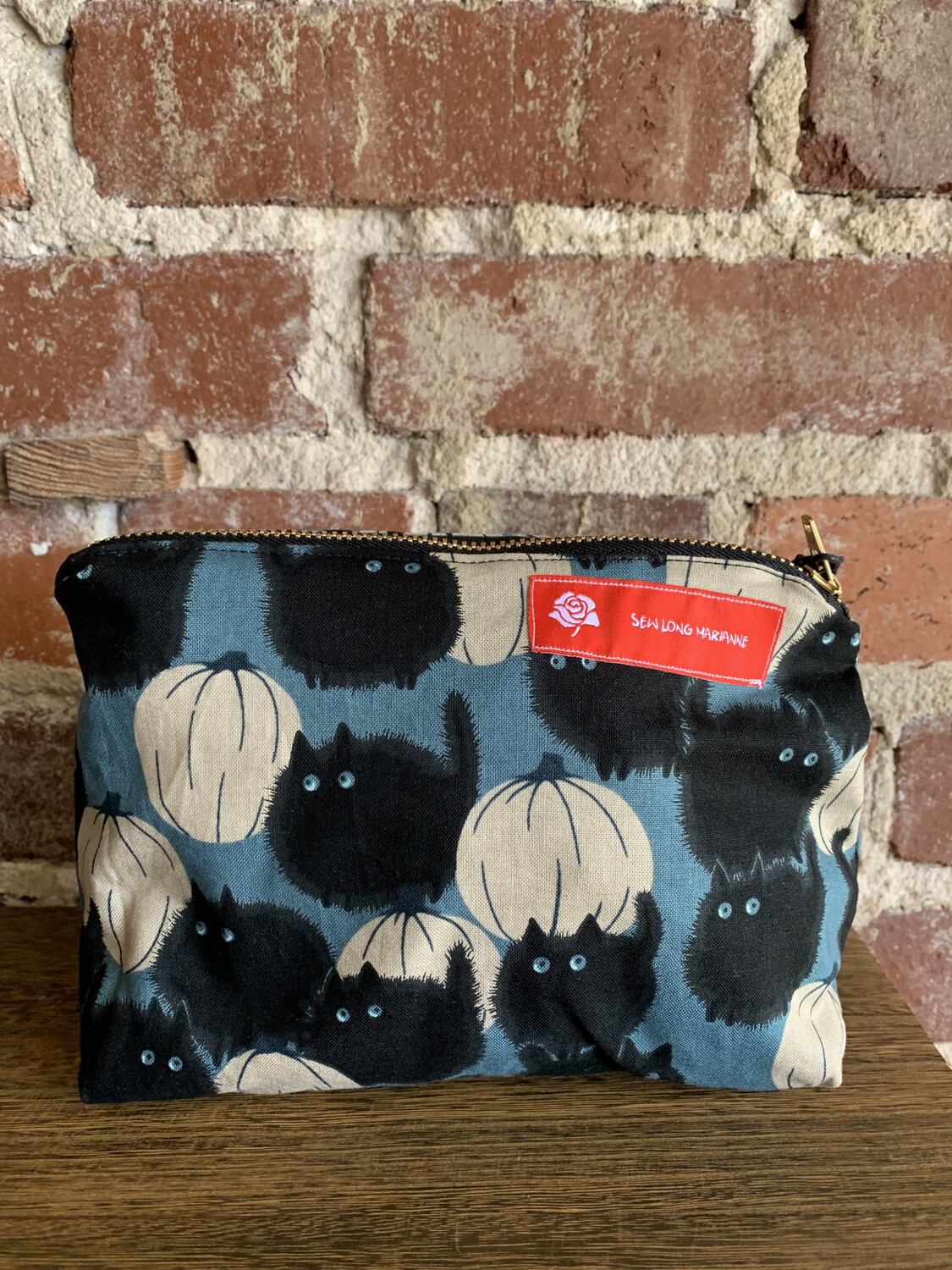Black Cat White Pumpkin Zipper Bag