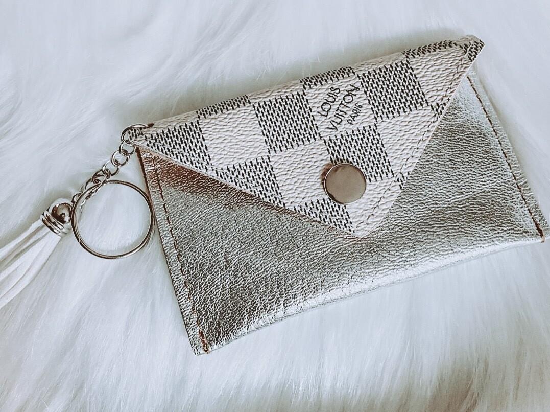 Silver Louis Vuitton Cardholder