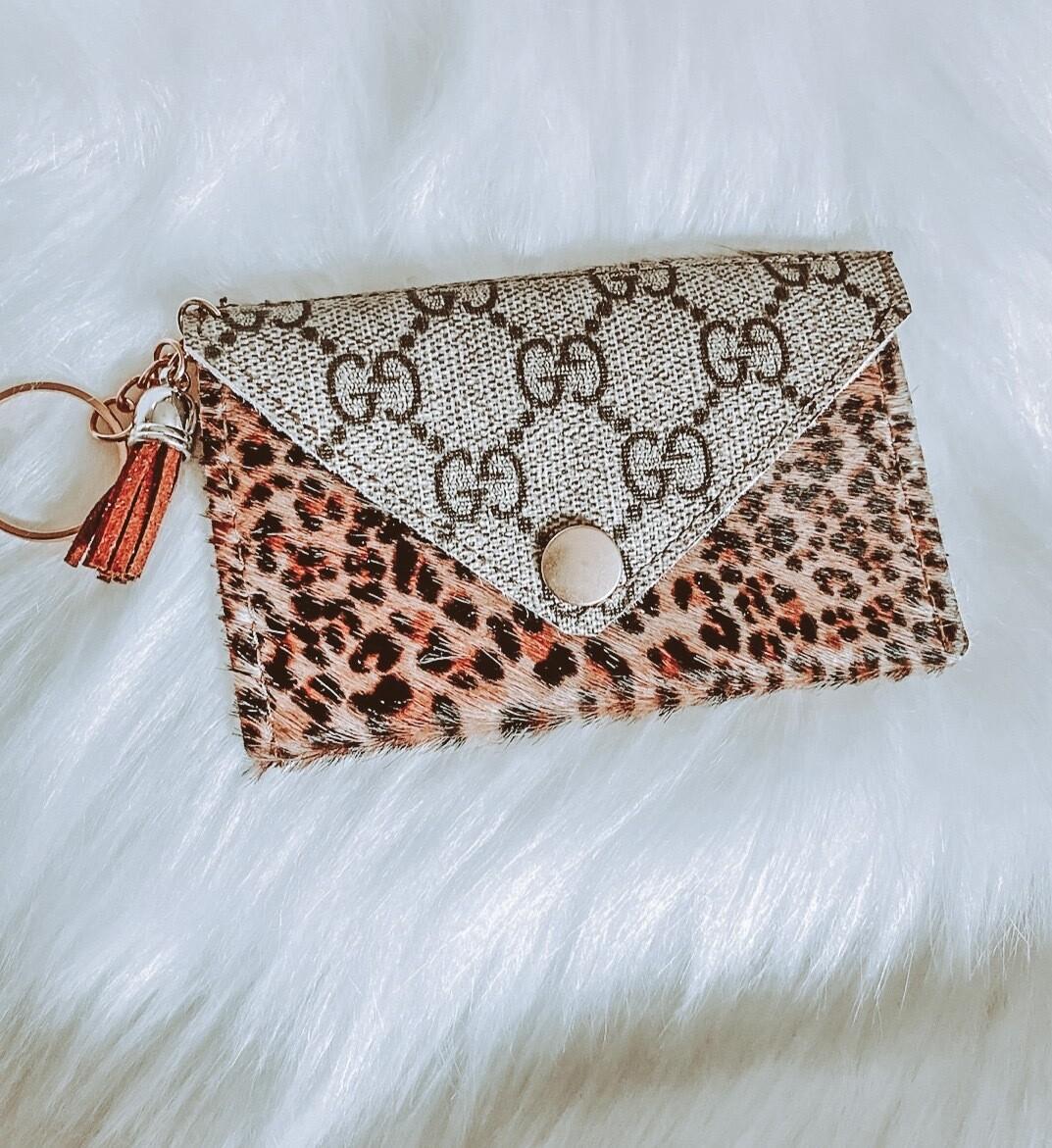 Gucci Cheetah Cardholder