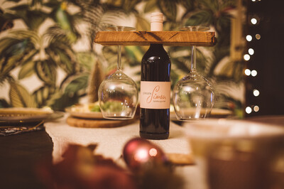 """Weinglas-Halter """"Wine not"""""""