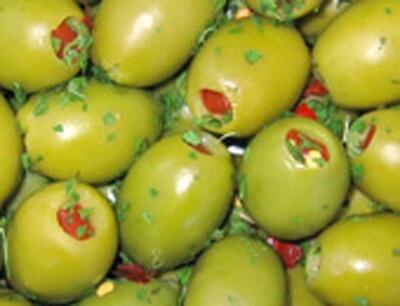 Cod. 036 Olive verdi grandi farcite  al peperone ohne Stein