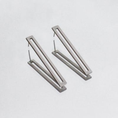 Silver elongated earrings