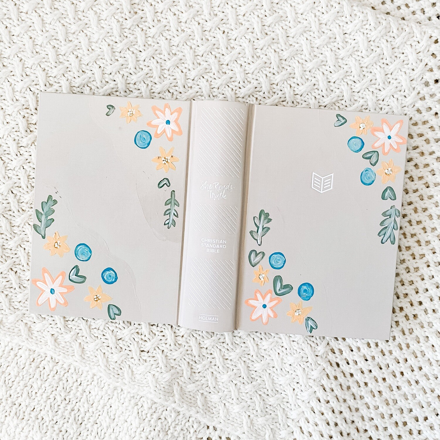 Corner Florals Hand-Painted SHE READS TRUTH Bible