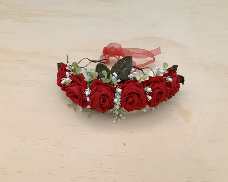 Eve Christmas Flower Crown
