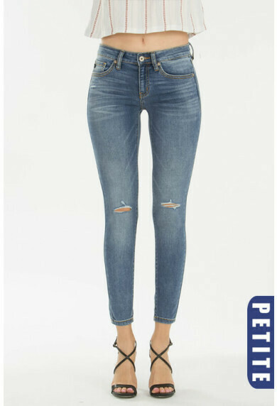 KanCan Petite Skinny Jeans  Sizes 11 to 1!!