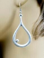 Single Dot Earrings - Lightweight!!