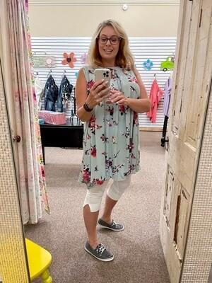 Keyhole Sleeveless UMGEE Dress  2X to S!!