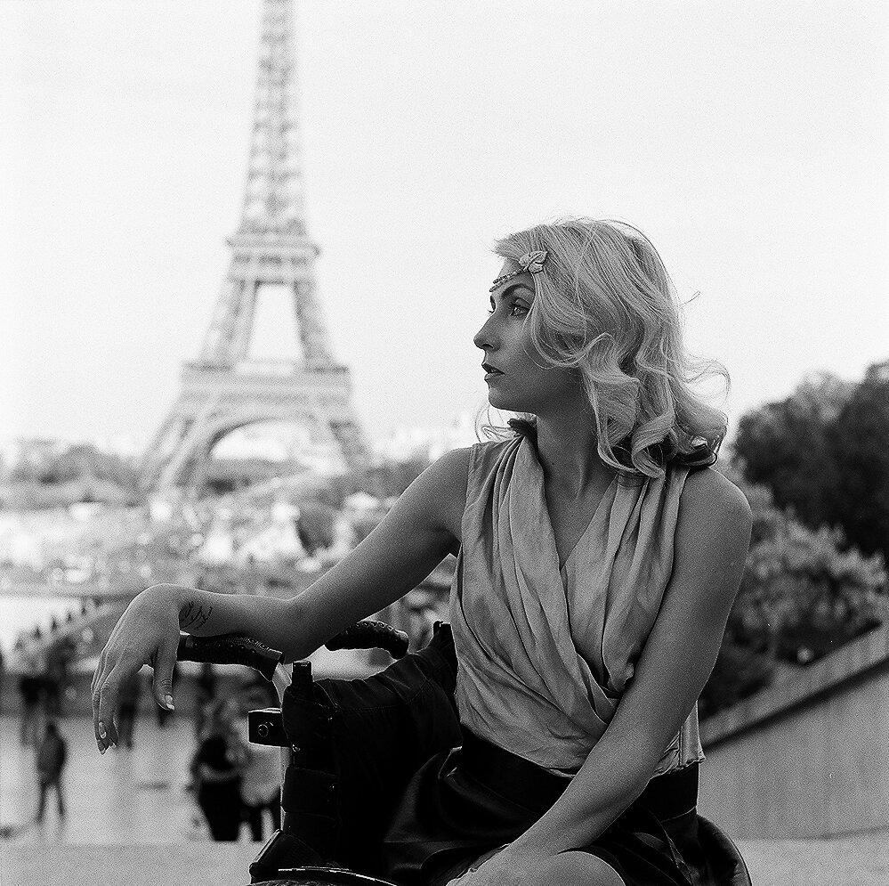 Paris, Wheeling heart