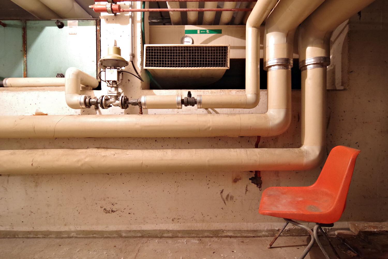 Das alte Thermalbad / 3129.