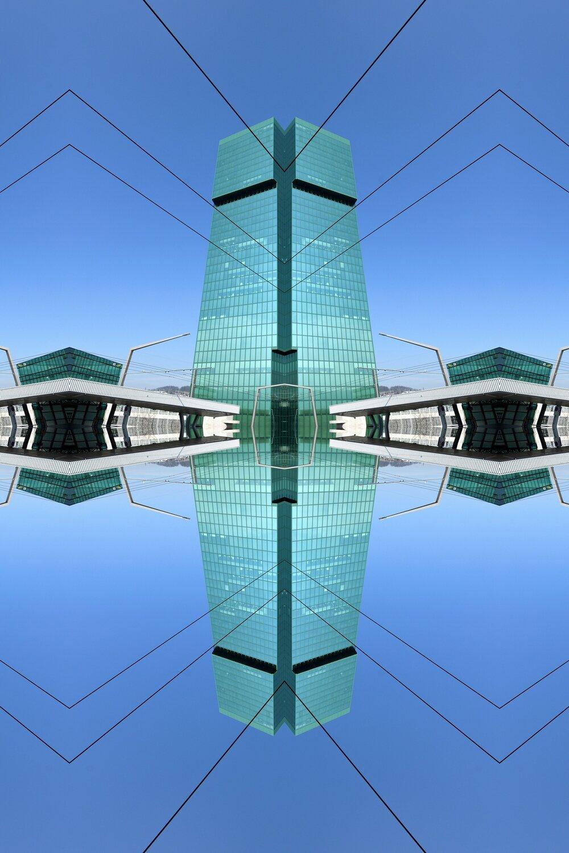 Dynamic Mirror Zürich 01