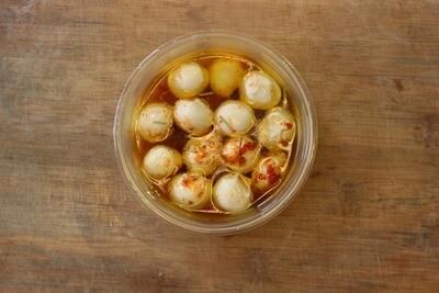 Mozerrella Cheese Balls in Chilli Oil - 100g