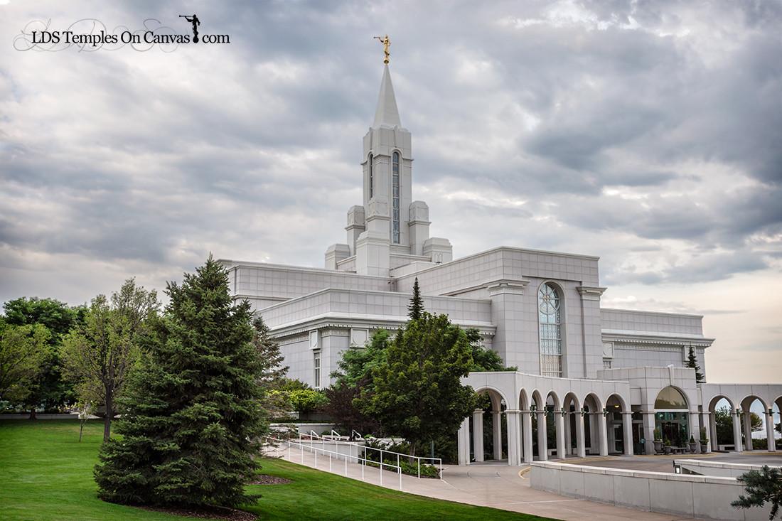 Bountiful Utah LDS Temple - Heavenward- Color