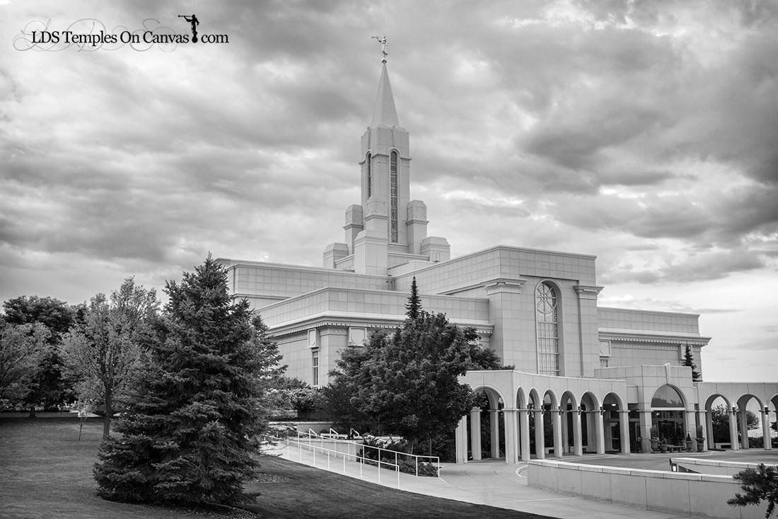 Bountiful Utah LDS Temple - Heavenward- Black & White
