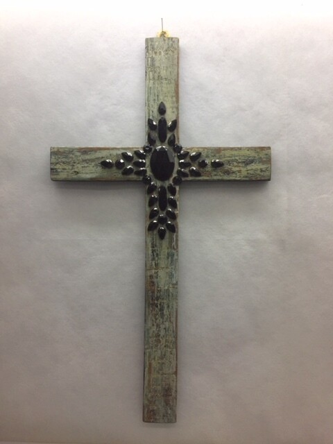 Cross - Wall hanging - Antique look