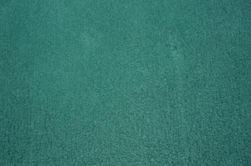 Minimum {15 x Metre Roll} : Ultra Premium - Green Backing : Plain Leaf Green - Ref : (3252)