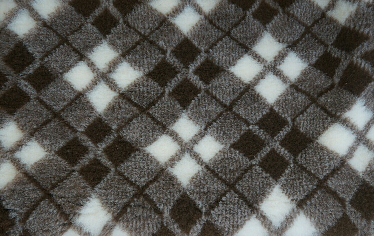 Minimum {15 x Metre Roll} : Ultra Premium - Non Slip Backing :  Two Tone Brown and White Diamond Tartan - Ref : (6307)