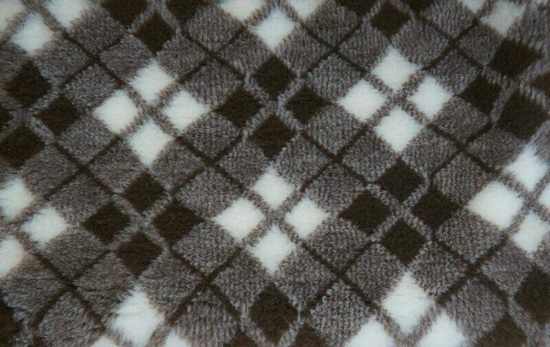 Minimum {15 x Metre Roll} : Ultra Premium - Non Slip Backing :  Two Tone Brown and White Diamond Tartan - Ref : (6307)