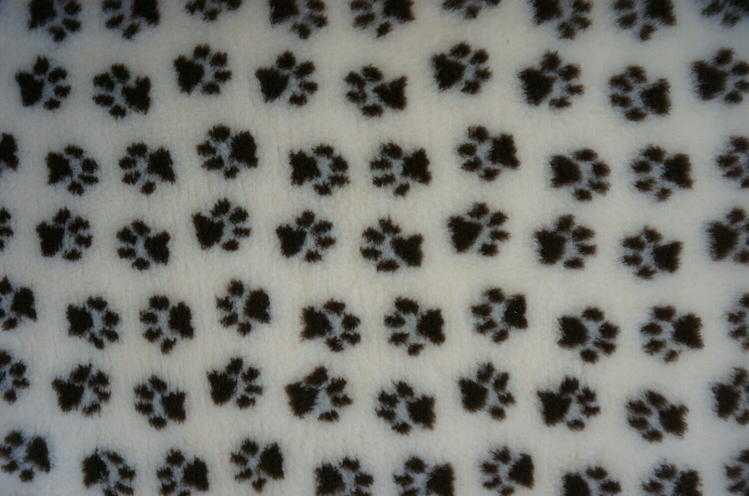 Minimum {15 x Metre Roll} : Ultra Premium - Non Slip Backing :  Wheat and Dark Brown Paws - Ref : (6286)
