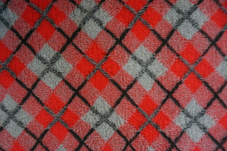 Minimum {15 x Metre Roll} : Ultra Premium - Non Slip Backing : Red / Black and Grey Diamond Tartan - Ref : (6374)