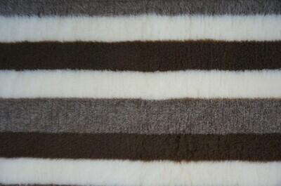 { Single Sheets }  Ultra Premium Non-Slip Backing Original Vet Bedding Fleece : Brown /  Fawn and Cream Stripes - Ref : (6276)