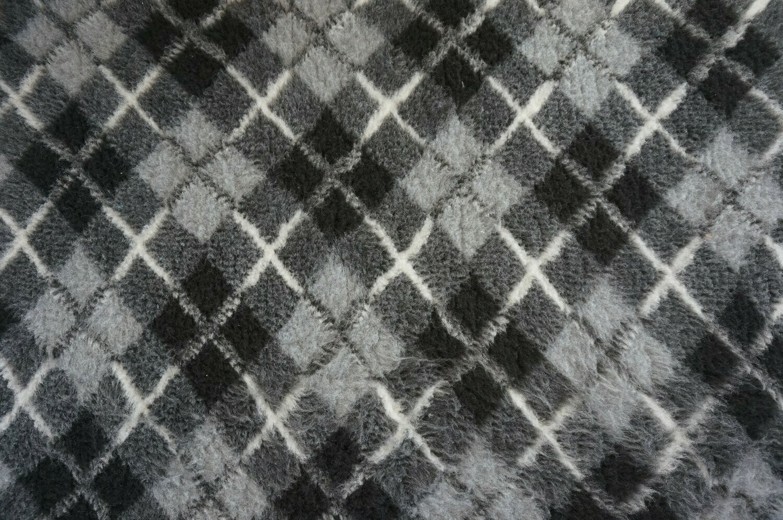 Minimum {15 x Metre Roll}  Ultra Premium Non-Slip Backing Original Vet Bedding Fleece : Light and Dark Greys with Black Diamond Tartan - Ref : (6336)
