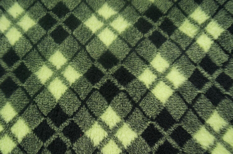 Minimum {15 x Metre Roll(s) }  Ultra Premium Non-Slip Backing Original Vet Bedding Fleece : Lime & Black Diamond Tartan -  Ref : (6372)